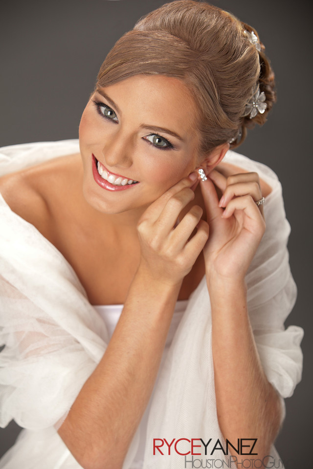 Bridal hair, bridal portrait, airbrush makeup, wedding photographer